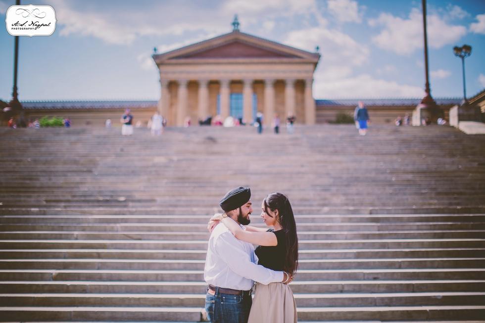 Philadelphia Engagement Session Rocky Steps museum of art